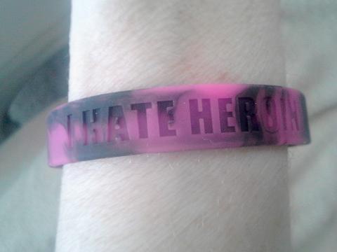 I-Hate-Heroin - bracelet
