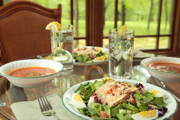 lunch - healthy meals - St. Joseph Institute - nutrition in addiction recovery - alcohol detox - drug detox